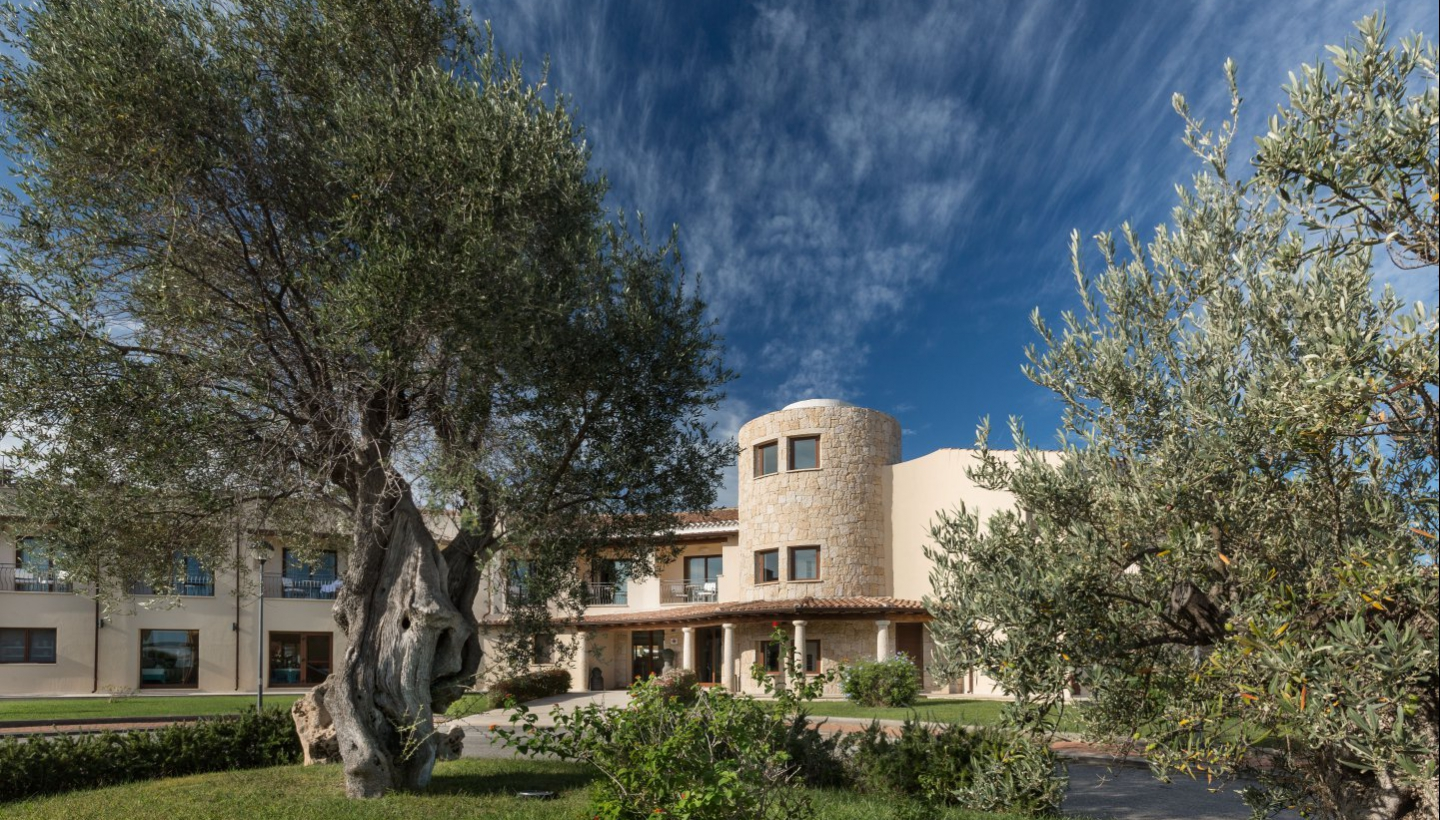 An oasis of peace and relaxation, just a stone's throw from San Teodoro and from Sardinia's most beautiful stretch of sea.